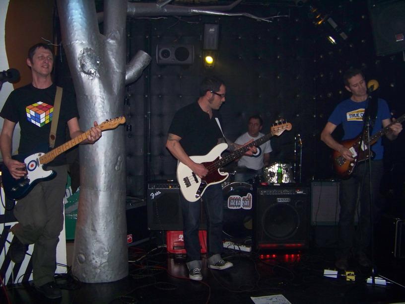 MoonUnit-live3